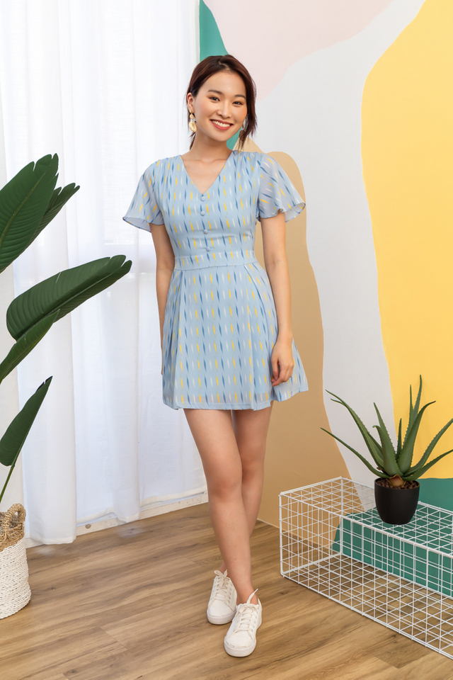 Teegan Printed Skater Dress in Light Blue (XS)