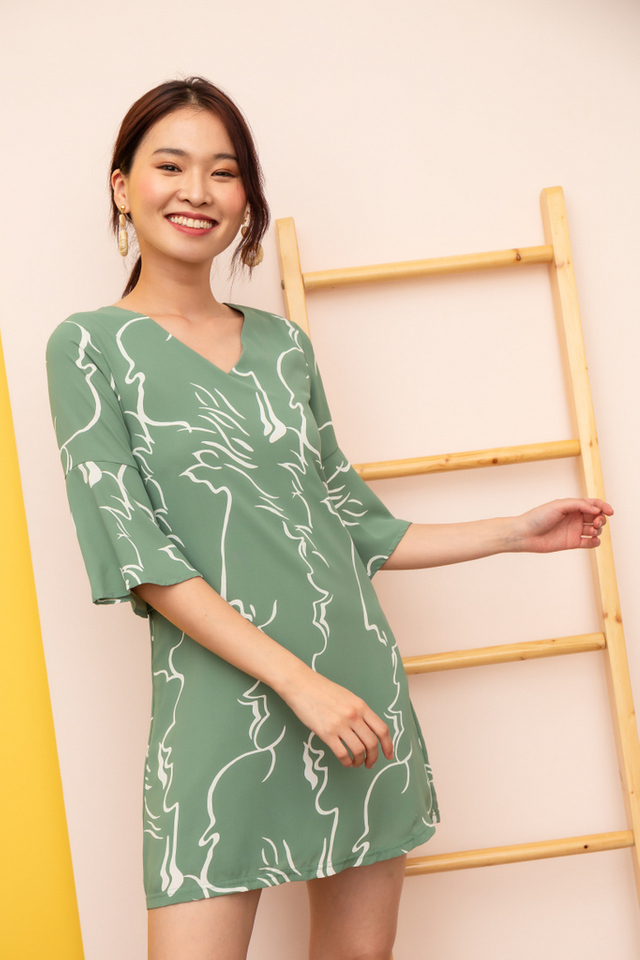 Rebekah Abstract Shift Dress in Sage