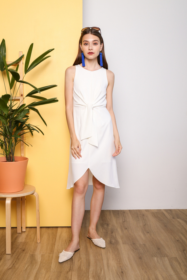 Shaylee Knot Tie Midi Dress in White