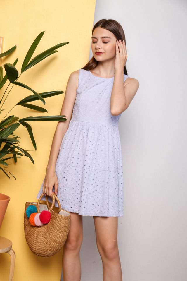 Camlyn Eyelet Dress in Blue (XL)