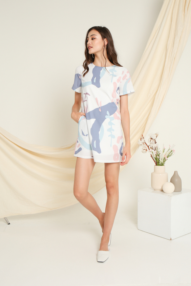 Eloise Printed Shift Dress in Pink