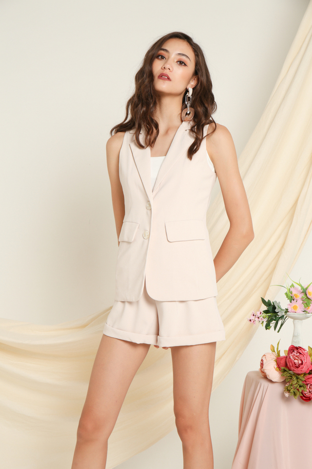 Kayen Button Vest in Beige