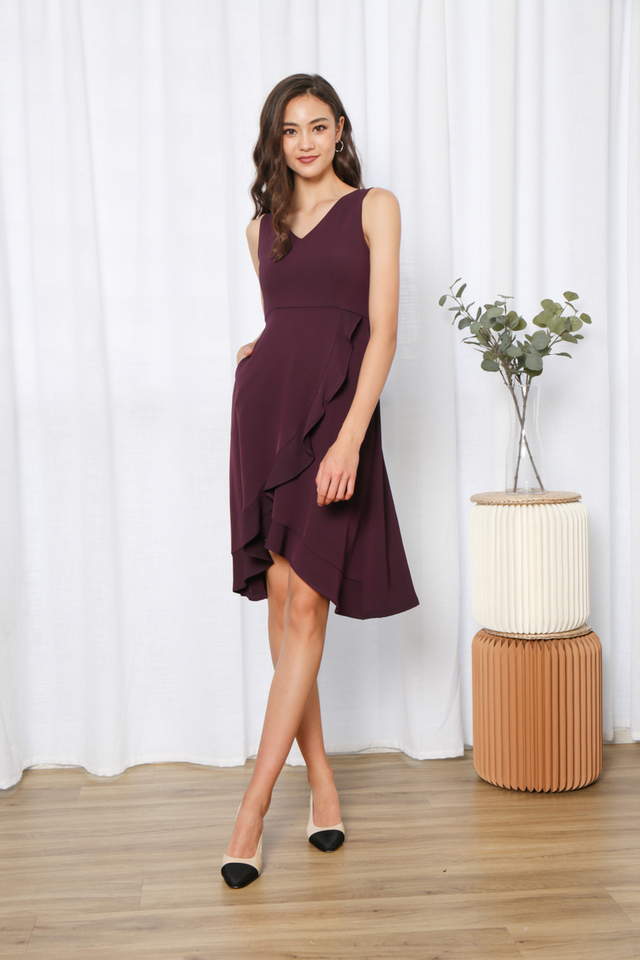 Yadira Ruffles Hem Midi Dress in Maroon