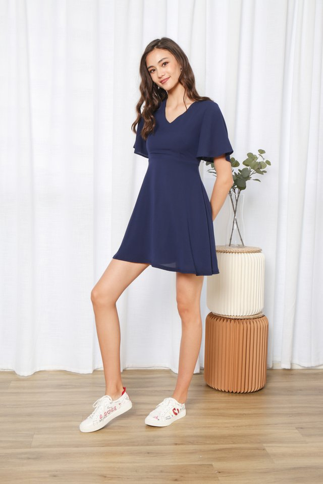 Hassie Ruffles Sleeved Dress in Navy