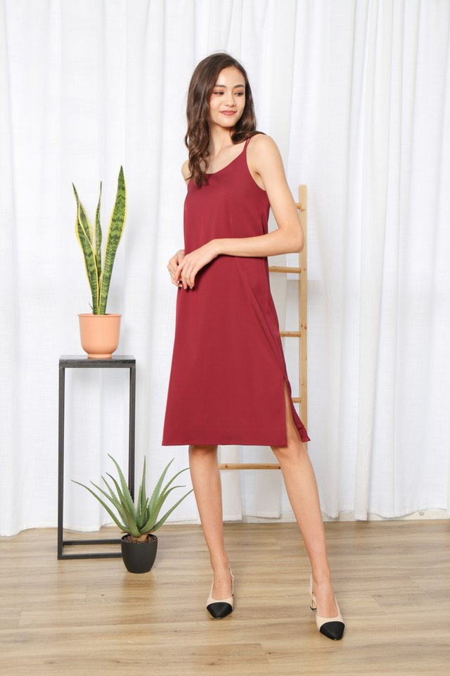 Krista Cross Back Midi Dress in Wine