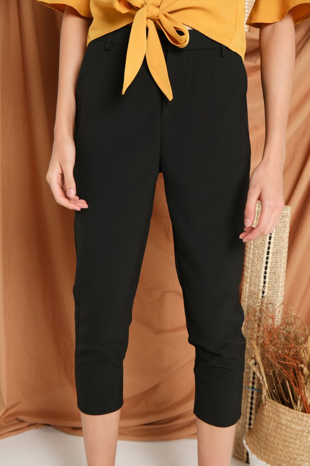 Vinnie Mid-Waisted Pants in Black