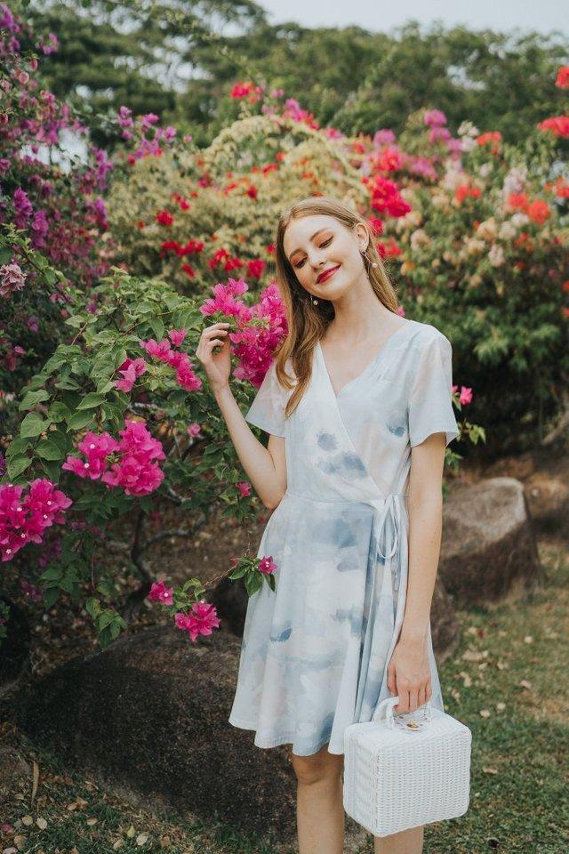 Gladyce Watercolour Skater Dress in Light Blue (XS)