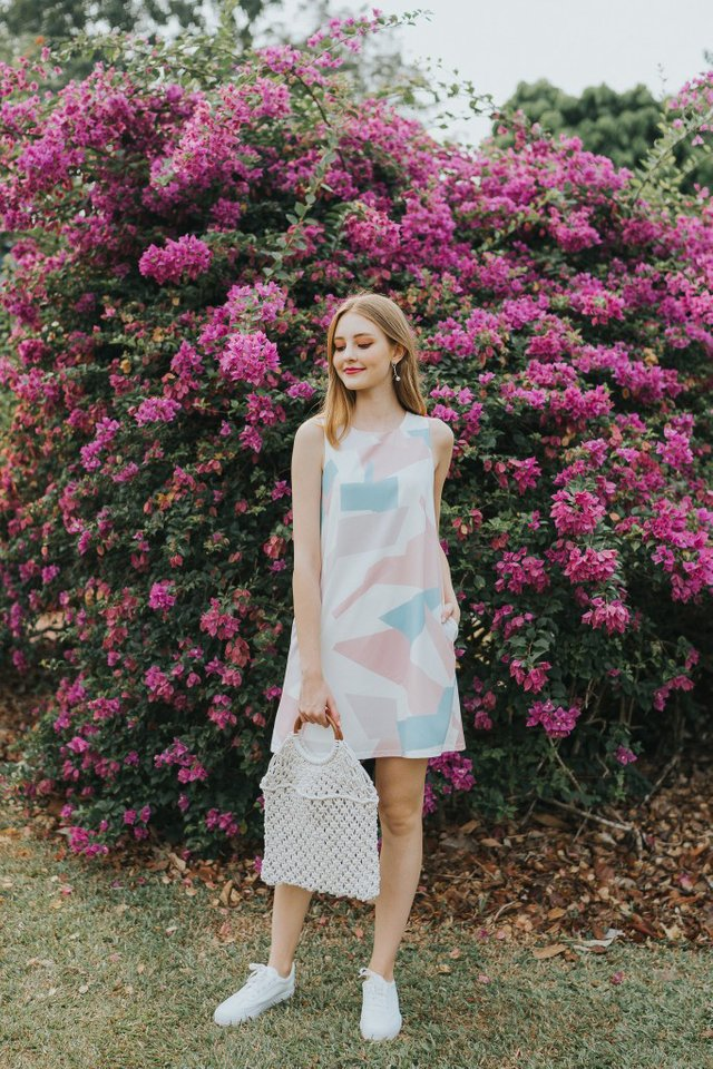 Bethea Geometric Trapeze Dress in Pink