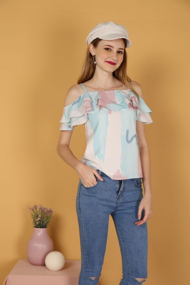 Laca Brush Printed Cold-Shoulder Top in Pink
