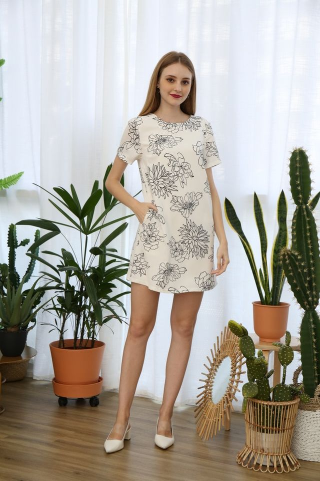Lyanna Floral Shift Dress in White