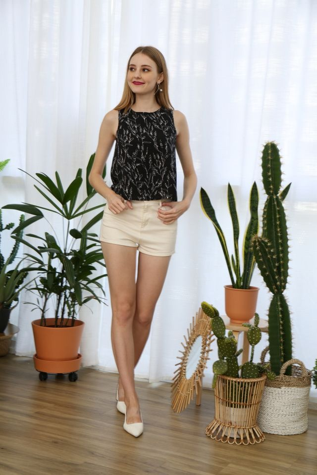 Taiga Botanical Top in Black
