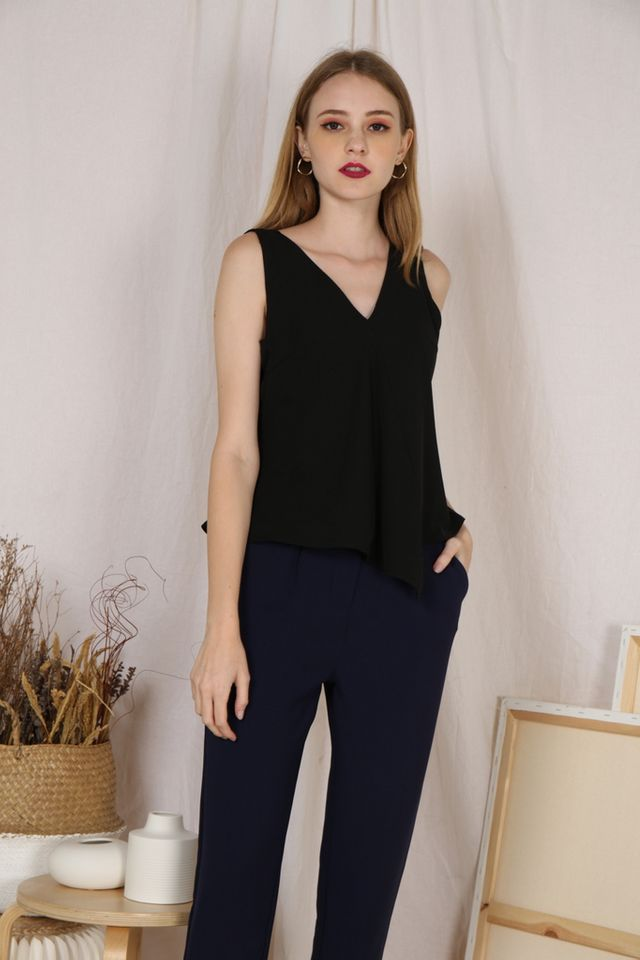 Cathleen V-Neck Top in Black