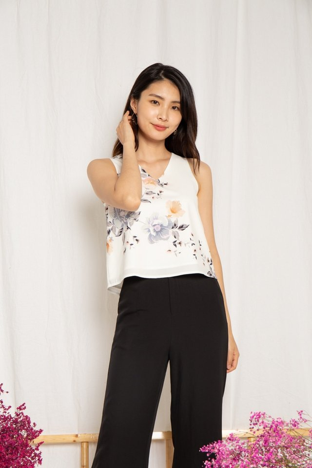 Yeni Floral V-Neck Top in White