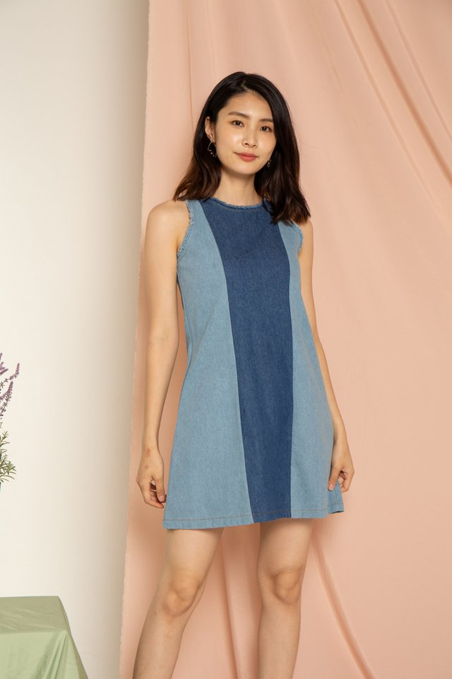 Xaylie Denim Frayed Dress in Blue