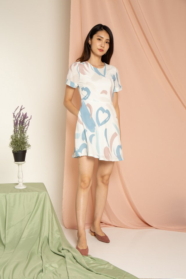 Olanna Abstract Skater Dress in Mauve