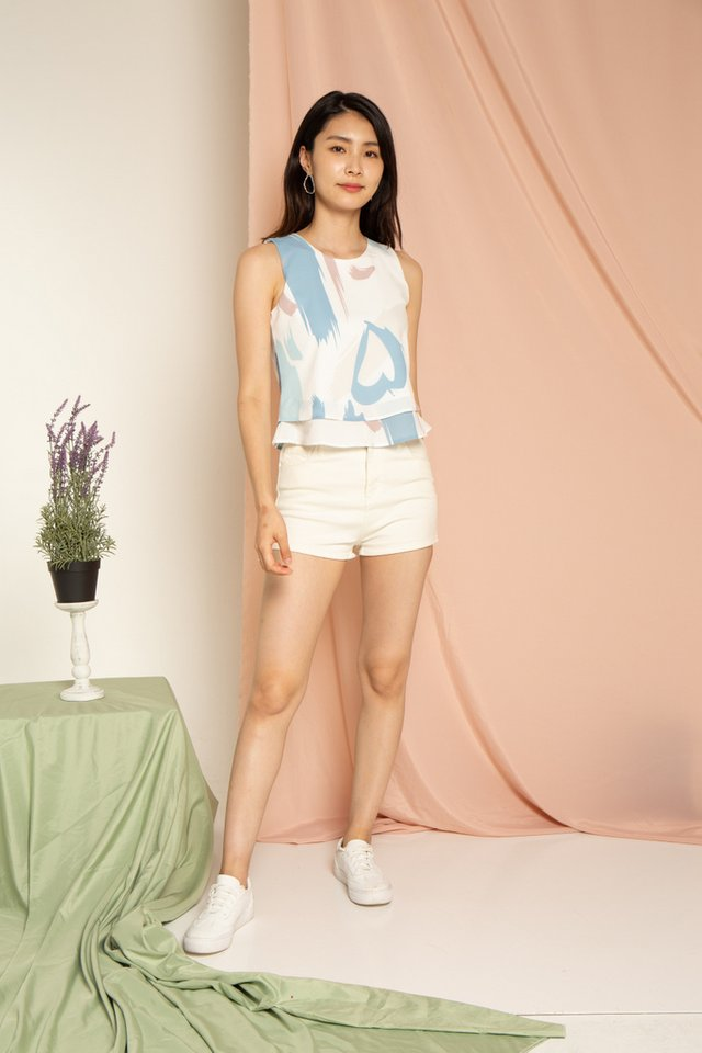 Paiton Abstract Tiered Hem Top in Mauve