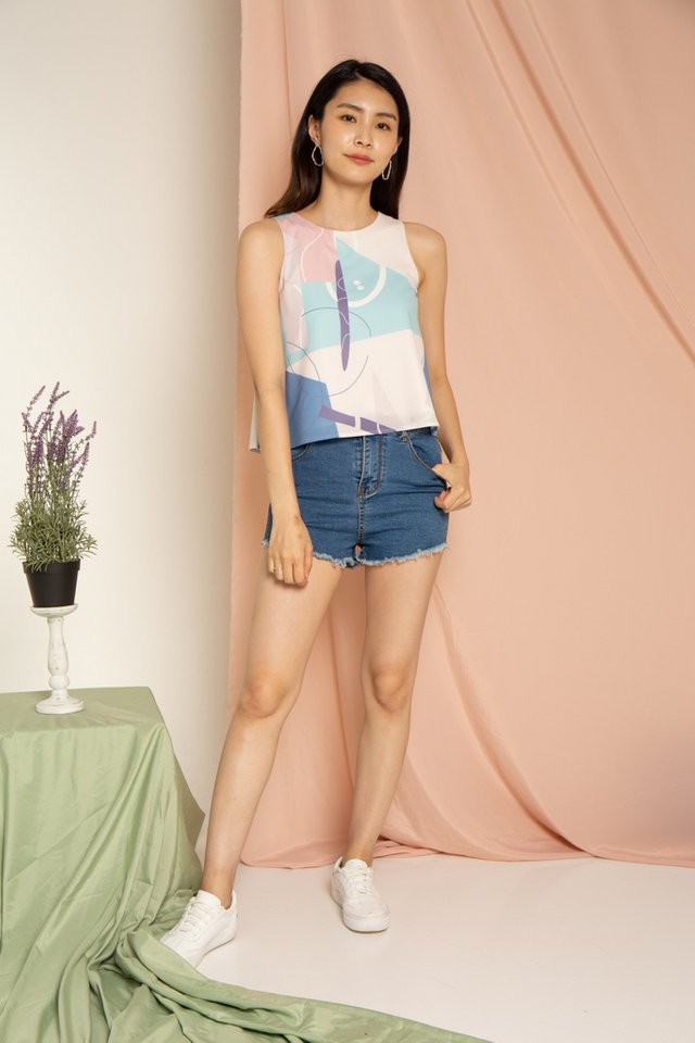 Macie Abstract Top in Blue (L)
