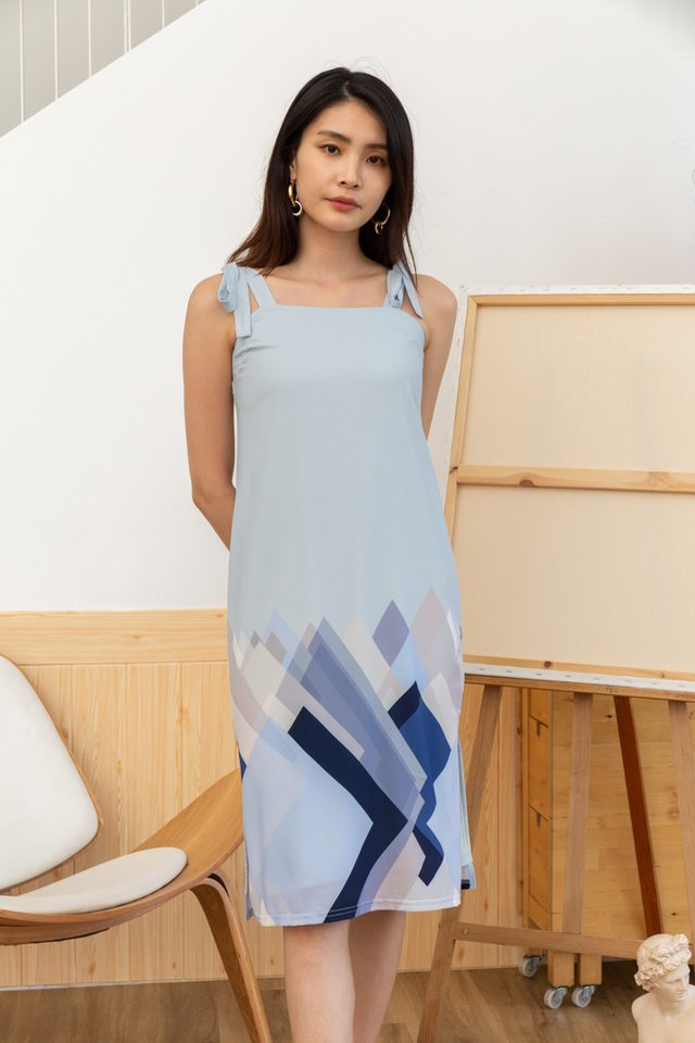 Makayla Geometric Ribbon Dress in Blue