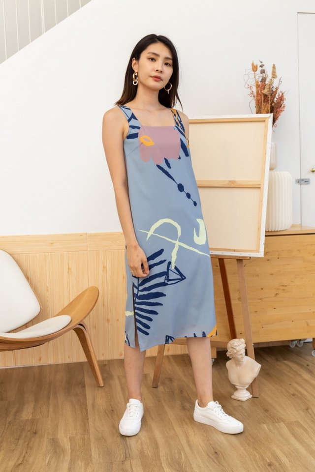 Lucia Abstract Midi Dress in Dusty Blue