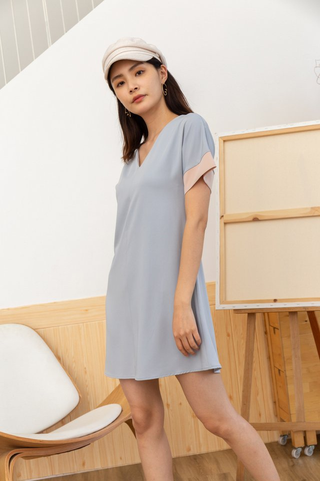 Piper Colourblock Shift Dress in Lavender Grey