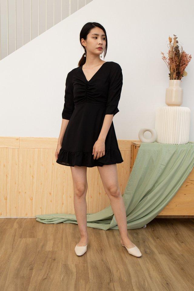 Dawsyn Ruched Hem Dress in Black (XS)