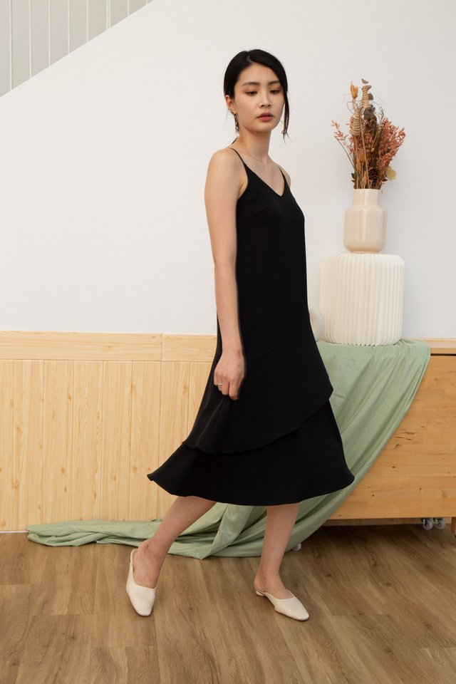 Lexie Tiered Midi Dress in Black