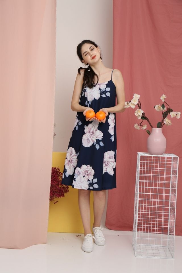Romaine Floral Midi Dress in Navy