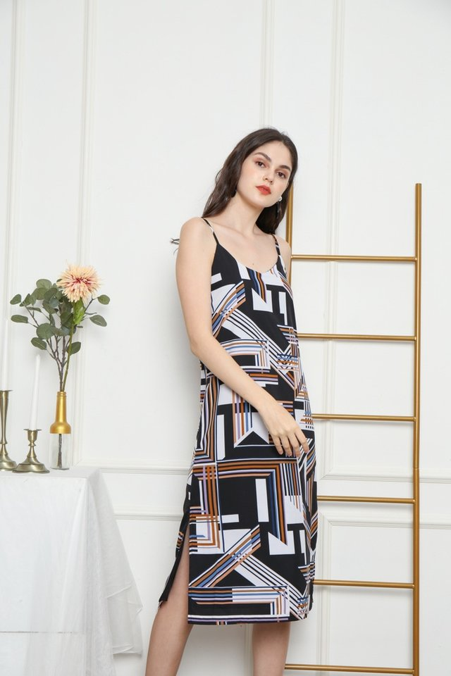 Yanira Geometric Midi Dress in Black