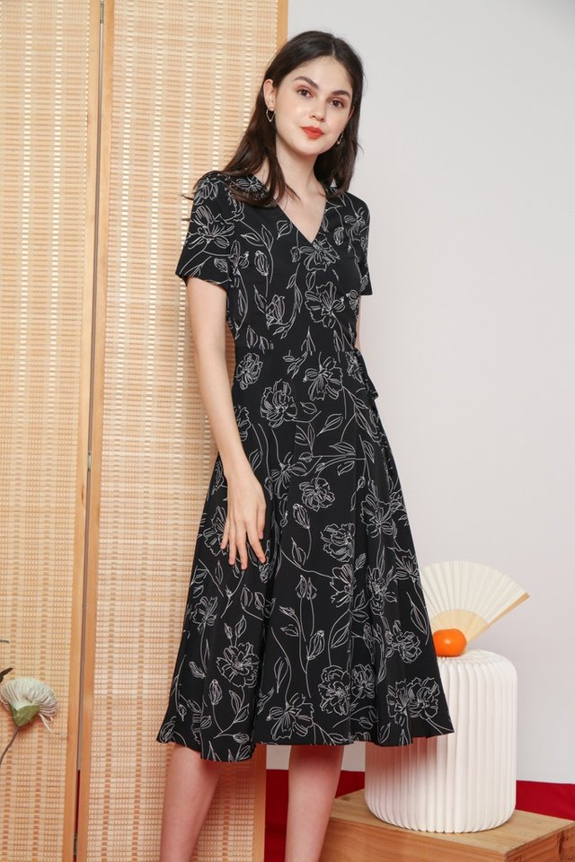 Idella Abstract Floral Midi Dress in Black