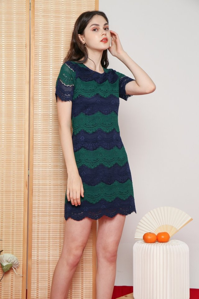 Juliette Lace Scallop Hem Dress in Navy