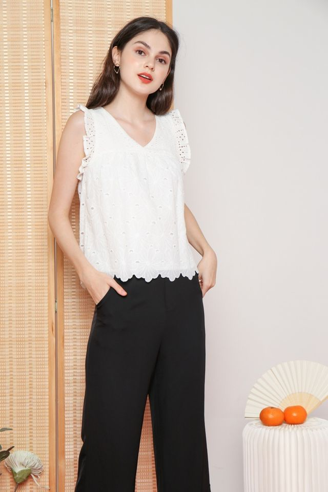 Tawny Ruffled Eyelet Top in White