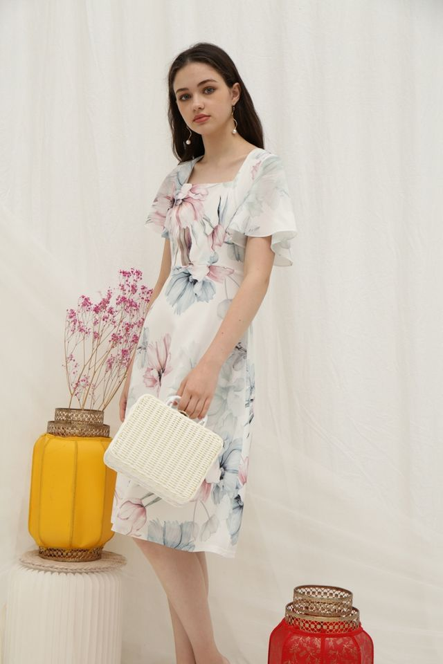 Melva Floral Flutter Sleeves Midi Dress in White