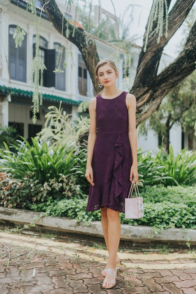 Juliet Premium Lace Ruffled Midi Dress in Deep Purple (XS)