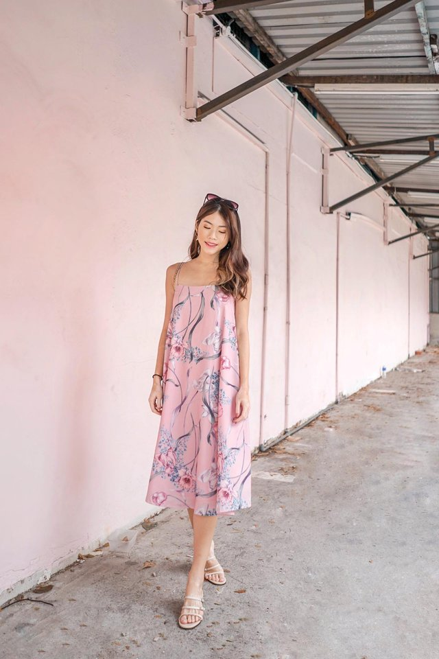 Bertha Floral Sleeveless Midi Dress in Pink