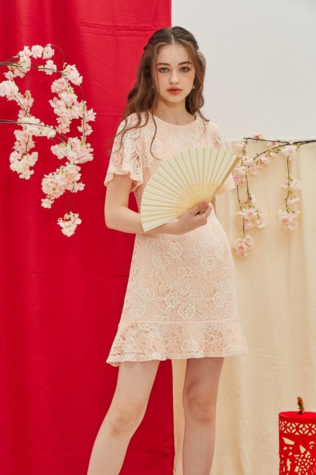 Mable Premium Lace Ruffled Hem Dress in Peach