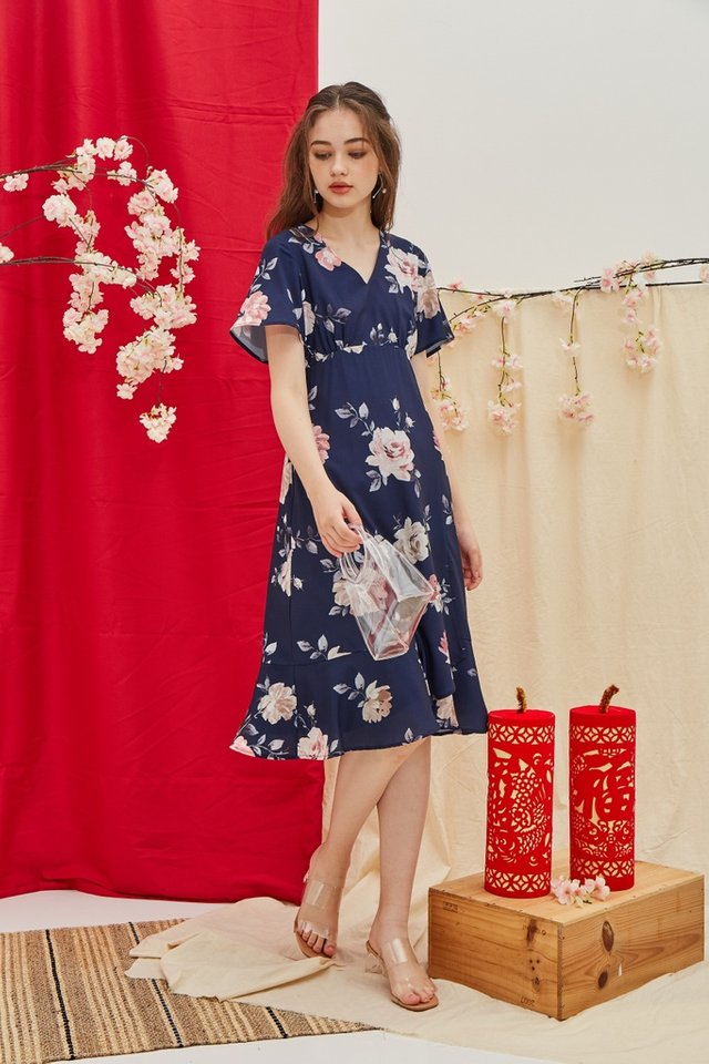 Trudy Floral Ruffled Hem Midi Dress in Navy