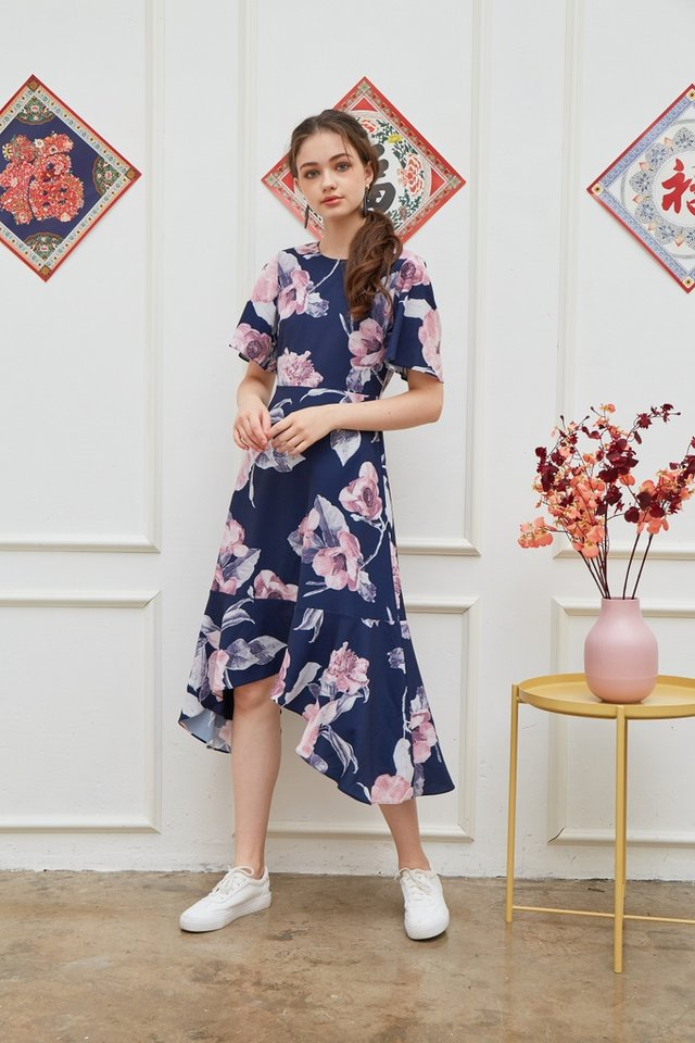Zelda Floral Drape Hem Midi Dress in Navy