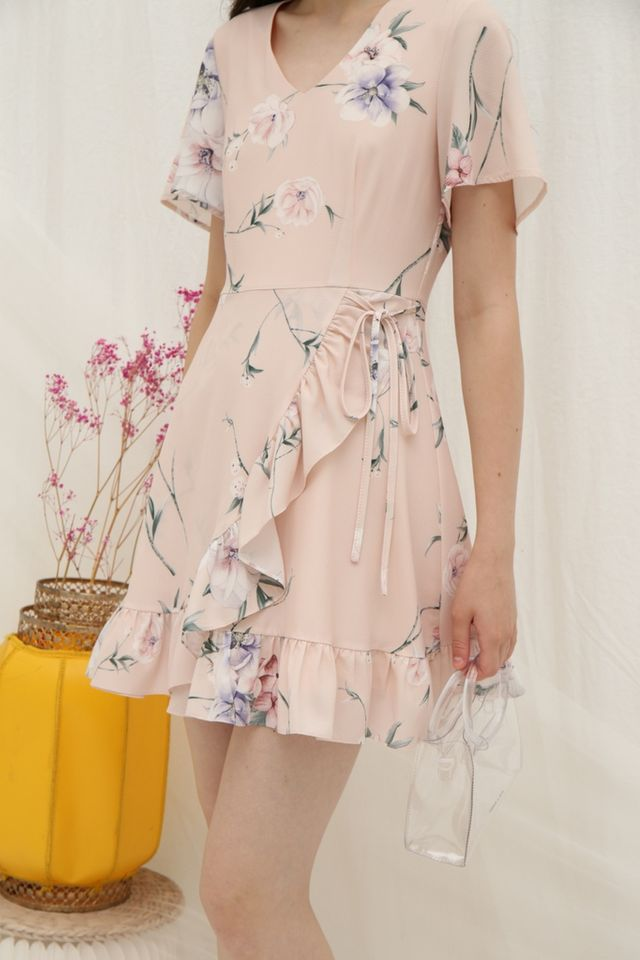 Nyrie Floral Ruffled Dress in Peach