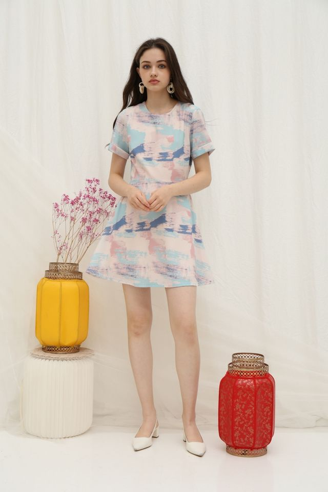 *Online Exclusive* Sharyn Watercolour Skater Dress in Pink