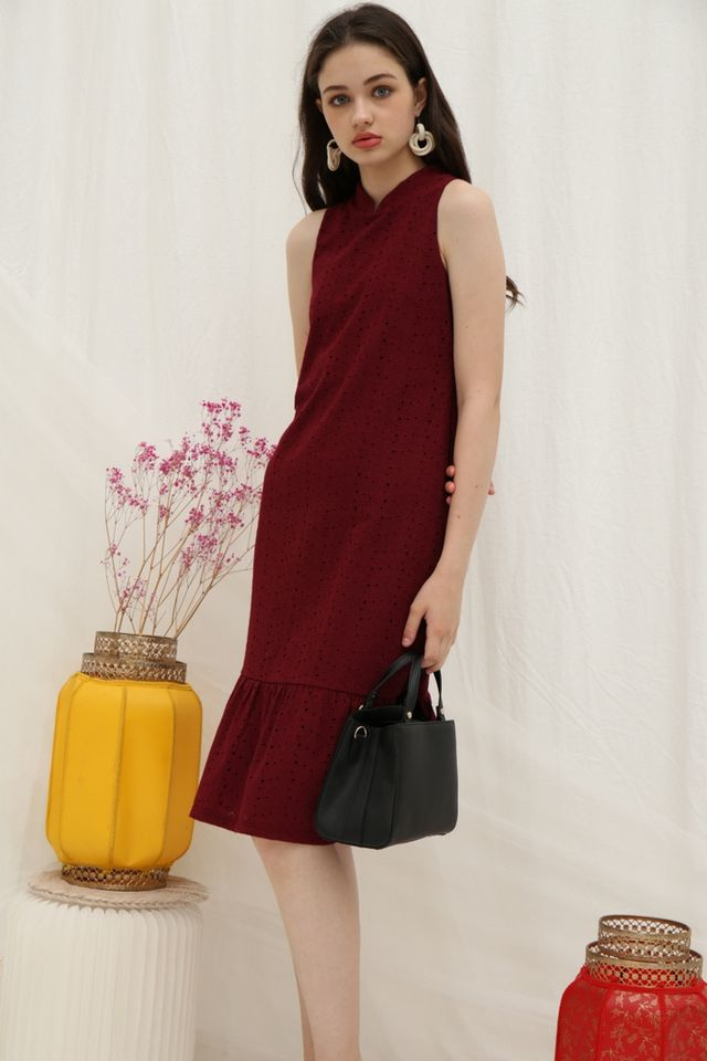 Tara Premium Eyelet Cheongsam Midi Dress in Wine