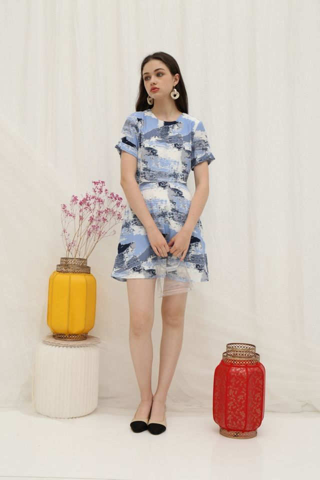 *Online Exclusive* Sharyn Watercolour Skater Dress in Blue (XS)