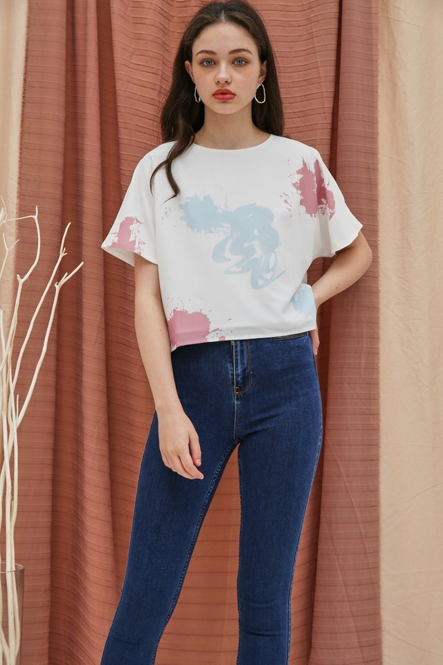 Alanna Watercolour Sleeved Top in White