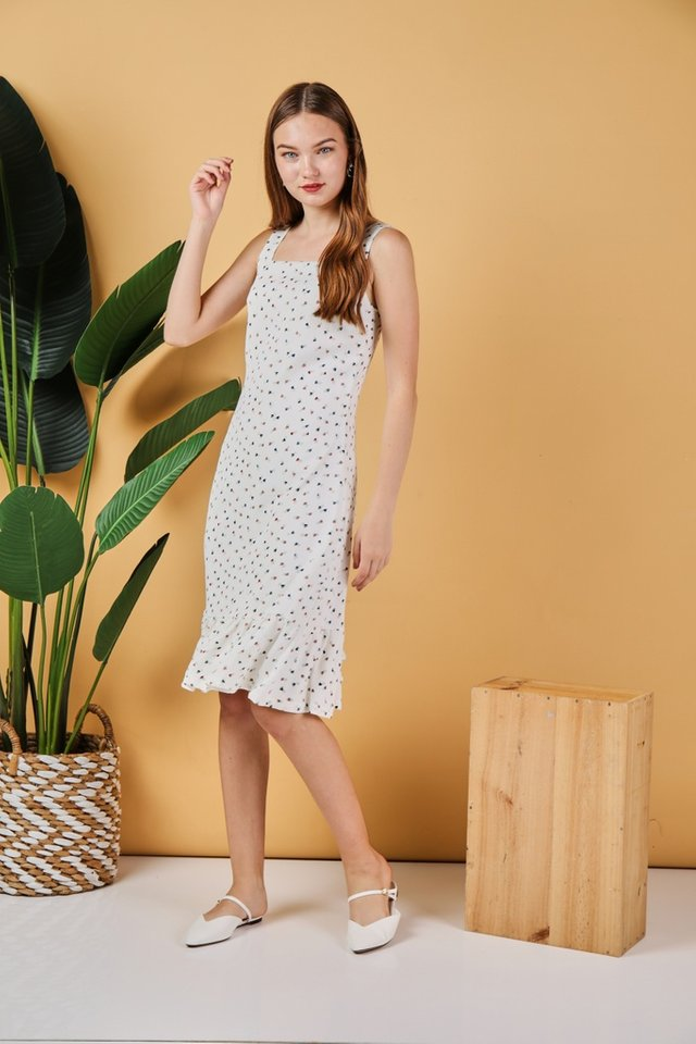 *Online Exclusive* Keyla Heart-Shaped Dropwaist Midi Dress in White