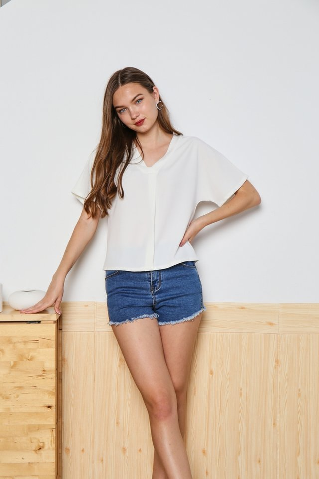 Victoria Sleeved V-Neck Top in White