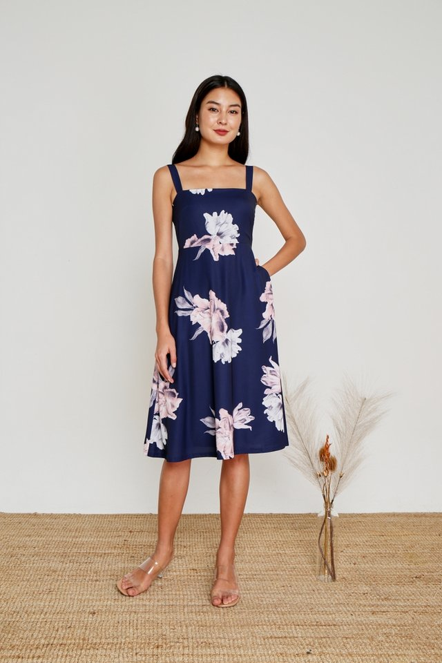 Heather Floral Flare Midi Dress in Navy