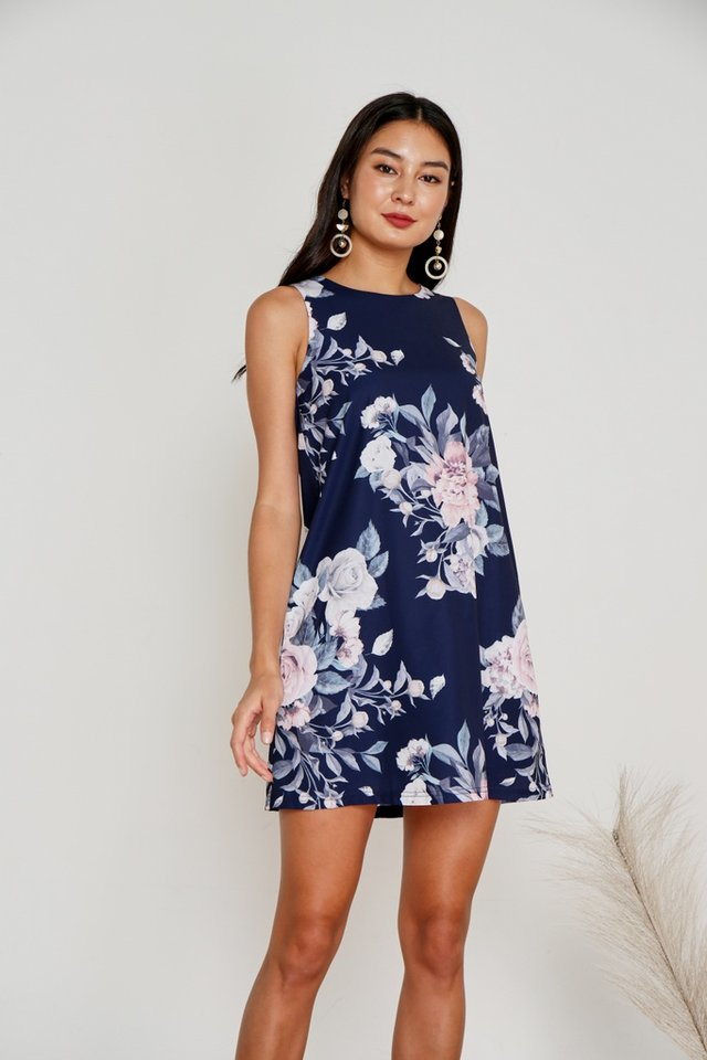 Fiona Floral Sleeveless Shift Dress in Navy