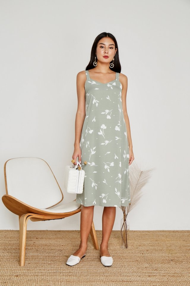 Amanda Leafy Midi Dress in Sage