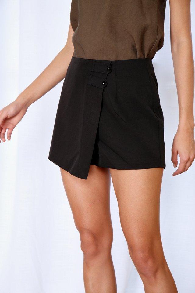 *Online Exclusive* Joelene Button Skorts in Black