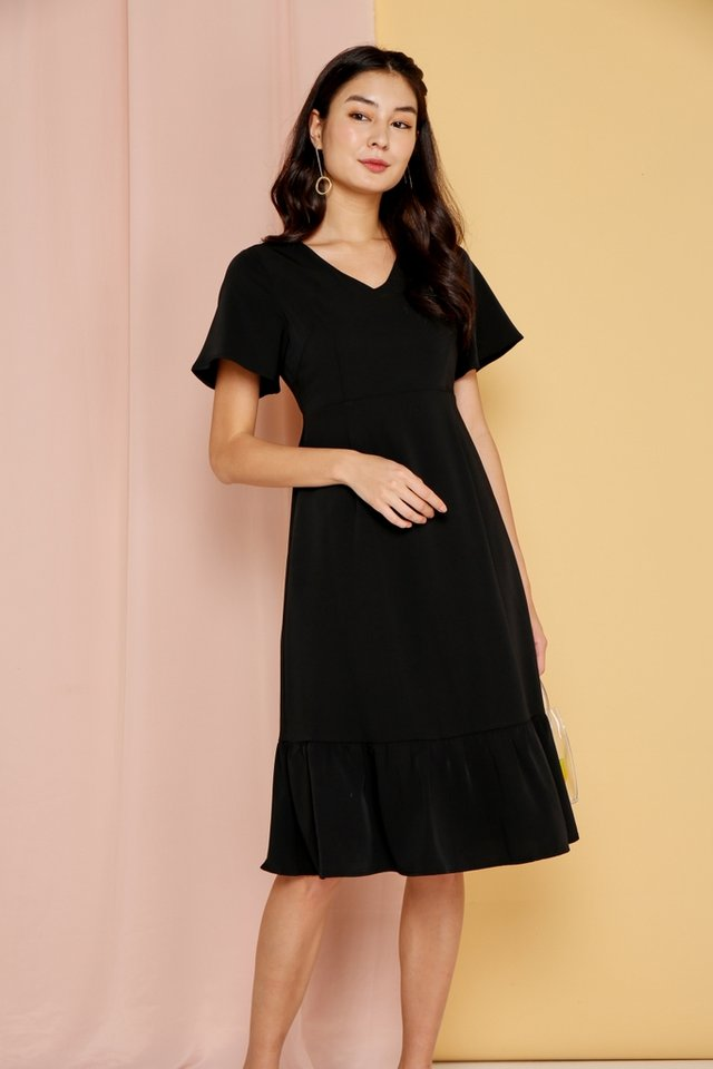 Raissa Dropwaist Midi Dress in Black