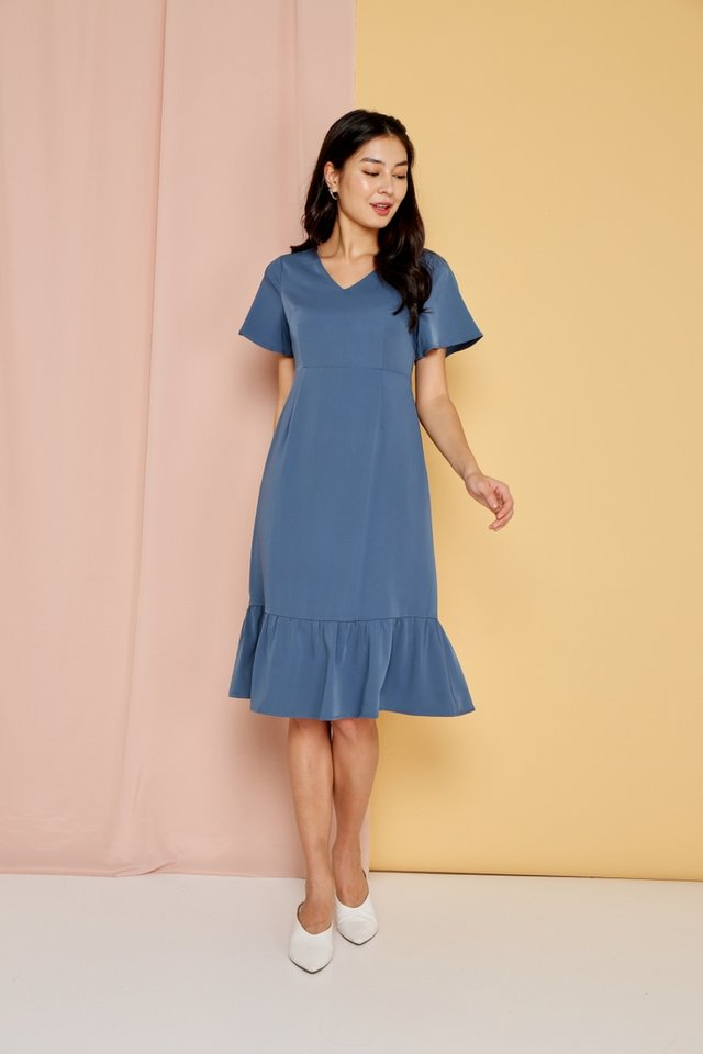 Raissa Dropwaist Midi Dress in Blue